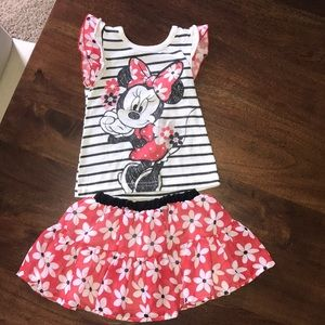 Minnie Mouse skirt set